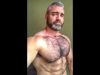 chest hairy