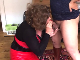 sucking sissywhore